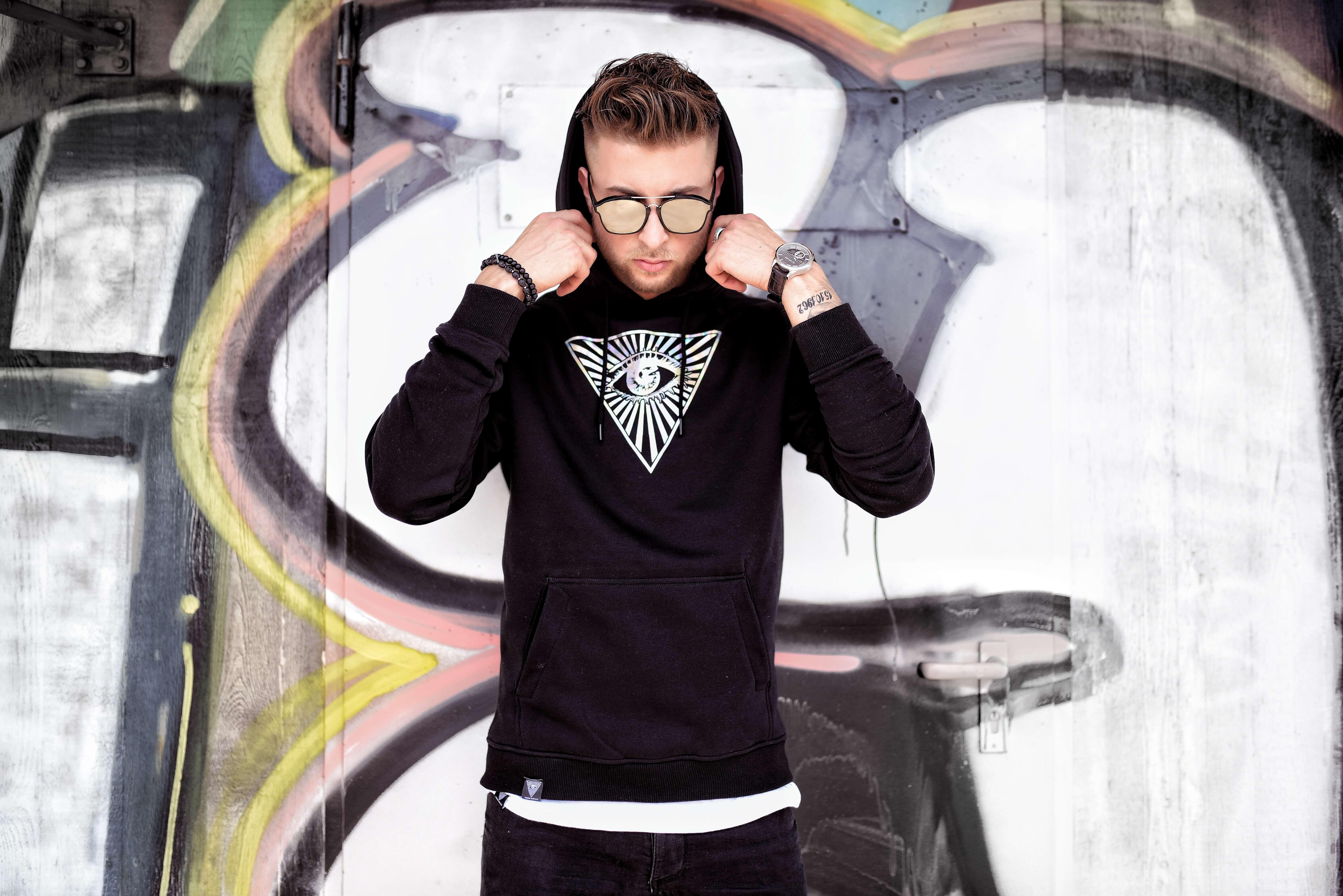 hoodie_classic_black_0-m